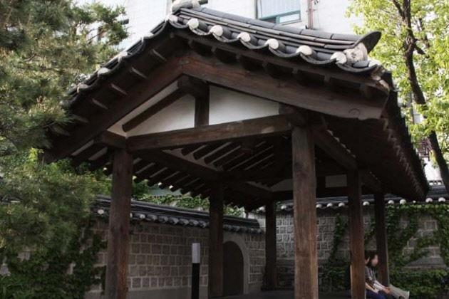 北村文化センター | 韓国ソウル観光スポット、韓国の民俗村・古宅ご紹介ならハナビツアー。